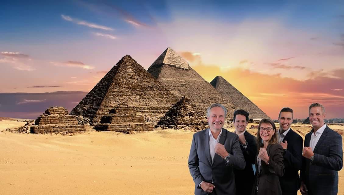 PI-Nord Team vor Pyramiden