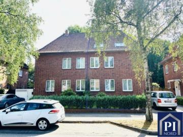 Doppelhaushälfte mit Einliegerwohnung und sonnigem Balkon in zentraler Lage!, 24768 Rendsburg, Doppelhaushälfte