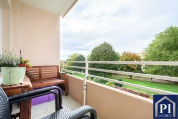 Renovierte Wohnung mit Balkon und schönem Blick ins Grüne, 24109 Kiel, Etagenwohnung