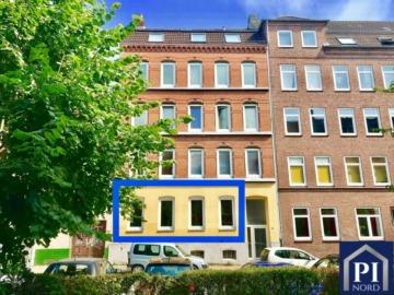 Schön geschnittene 3 Zimmer Wohnung am Schrevenpark mit Balkon! Kapitalanlage – Vermietet, 24103 Kiel, Erdgeschosswohnung