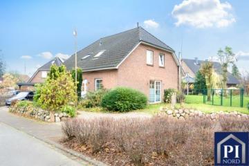 Ihr neues Zuhause mit 7 Zimmern, großem Garten und vielem mehr!, 24363 Holtsee, Einfamilienhaus