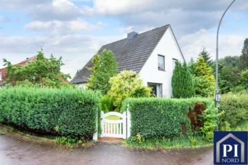 Familienfreundliches Einfamilienhaus auf einem sonnigen Grundstück, 24223 Schwentinental, Einfamilienhaus