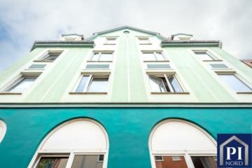 Sehr gepflegtes Wohnhaus mit 9 Wohneinheiten in toller Lage von Kiel!, 24149 Kiel, Mehrfamilienhaus