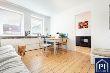 Erstklassig renovierte Wohnung in toller Lage von Kiel. Bezugsfrei!, 24106 Kiel, Etagenwohnung