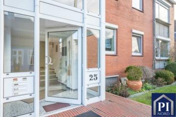 Ansprechendes Mehrfamilienhaus mit 3 Wohneinheiten und großem Garten, 24146 Kiel, Einfamilienhaus