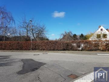 Zwei eingewachsene Grundstücke in Alt-Suchsdorf! *Frei einteilbar*, 24107 Kiel, Einfamilienhaus