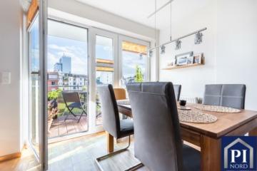 Zentrale 3-Zimmer-Wohnung mit 2 Balkonen und Tiefgaragenstellplatz, 24106 Kiel, Etagenwohnung