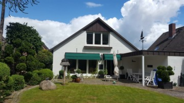 Einfamilienhaus in einmaliger Randlage, 24109 Kiel, Einfamilienhaus