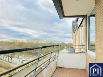 Tolle Wohnung in Top Lage von Kiel mit Balkon, Aufzug und Stellplatz Altersgerecht, 24116 Kiel, Etagenwohnung