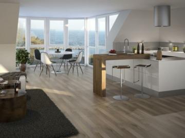 Traumhafte Penthouse Wohnung ca. 50 m zum Strand!, 24159 Kiel, Dachgeschosswohnung