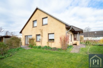 Freistehendes Haus mit Ostseeblick in ruhiger Lage, 24229 Schwedeneck, OT Surendorf, Einfamilienhaus