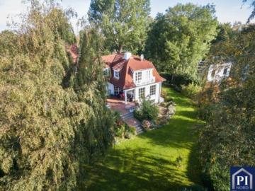 Villa in Feldrandlage mit variabler Grundstücksgröße!, 24107 Kiel-Stampe, Einfamilienhaus