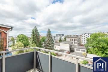 Große 4 Zimmer Wohnung mit Balkon in Premiumlage von Kiel! Bezugsfrei, 24105 Kiel, Etagenwohnung