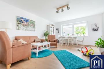 Renoviert mit Stellplatz und Balkon – bezugsfrei!, 24223 Schwentinental, Etagenwohnung